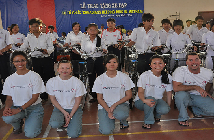 2011 Distribution of 100 bicycles for student transportation